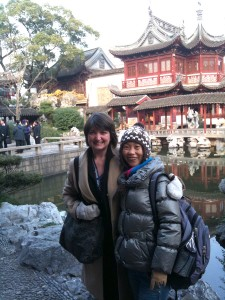 "Kristi Bishop and National Guide ""Wendy"" Hou Liping at the Yu Yuan Garden, Shanghai, China."