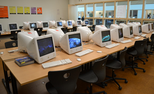 Skyline Media Center computer lab | AAPS District News