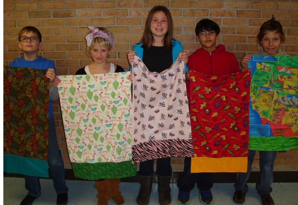 Mrs. Sheryl Pokela\u0027s fifth grade class at Thurston Elementary donated 50 homemade pillowcases ...