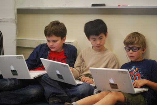 Fifth graders on Edmodo