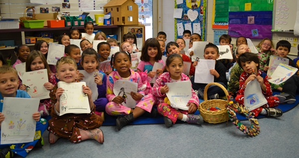 Mitchell kindergarteners with their stories and worry dolls