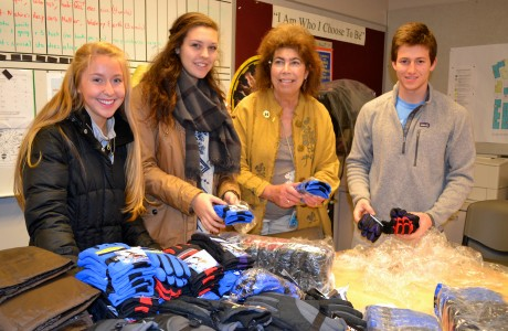 Pittsfield Elementary Principal Carol Shakarian helps U-M students