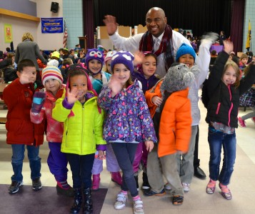 Johnson visits students in the cafeteria.