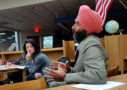 Jaspreet Singh Sawhney makes a point during the Continuing the Conversation meeting.