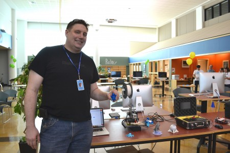 Steve Teeri shows some of the hands-on activities available in the maker section of Skyline's iCommons.