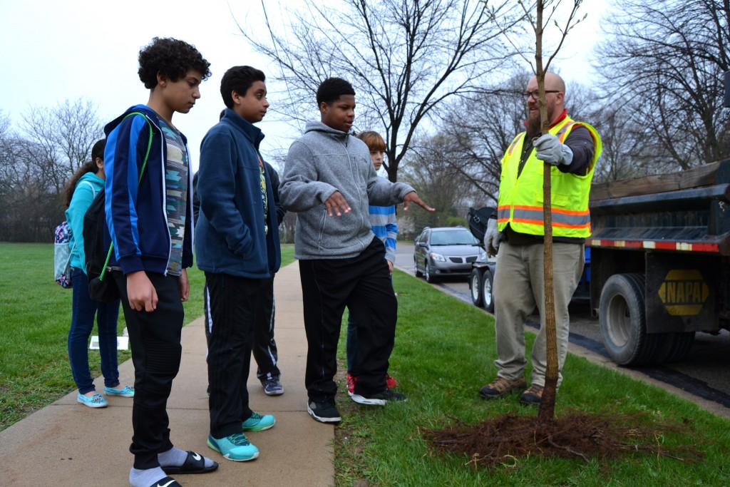Steve Goebel, Field Operations supervisor for the city of Ann Arbor, gives some tree planting tips.