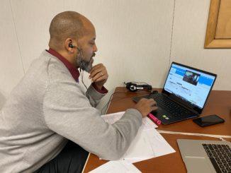 DeMarko Thurman talks with a parent online.