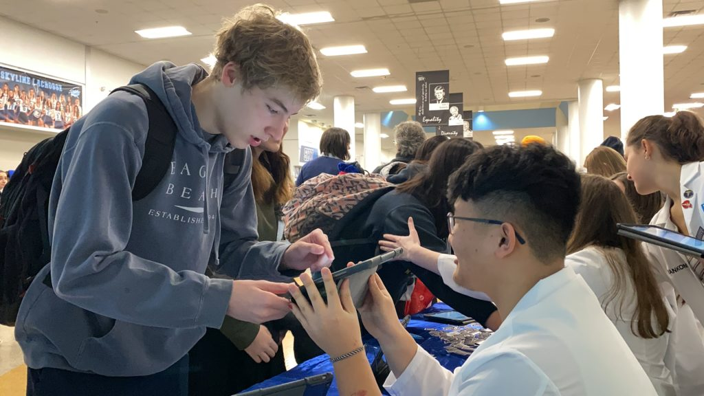 Student took the Pledge to Drive Safely at the Skywell Annual Expo